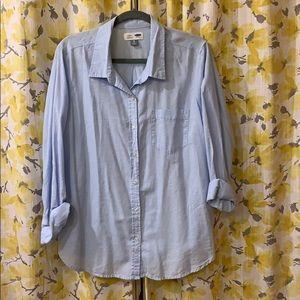Classic long sleeve light blue shirt